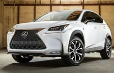 Lexus NX 2015 1024x768 Wallpaper 03