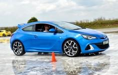Opel 115 1800x1800