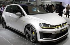 Volkswagen Golf R 400 Concept 2