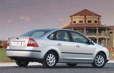 Ford Focus Sedan 2005