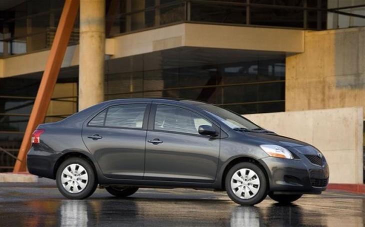 2009 toyota yaris sedan reviews