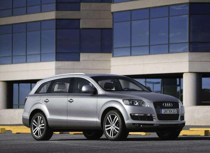 Audi Q TDI Quattro Tiptronic Driving Impression Carscoza - Audi q7 reviews