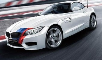 BMW Z4 SDrive20i GT Spirit Front And Side View