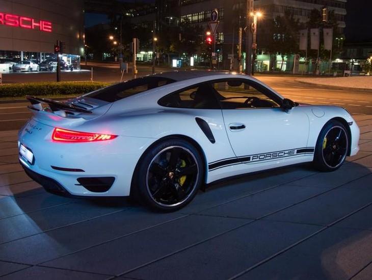 Porsche 911 Turbo S Exclusive GB Edition 2