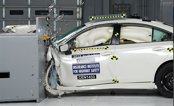 2015 Subaru Legacy Crash