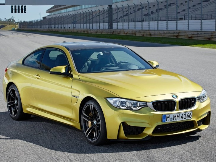 Bmw M4 Coupe Drifts Around 52 Other M Models Video Cars