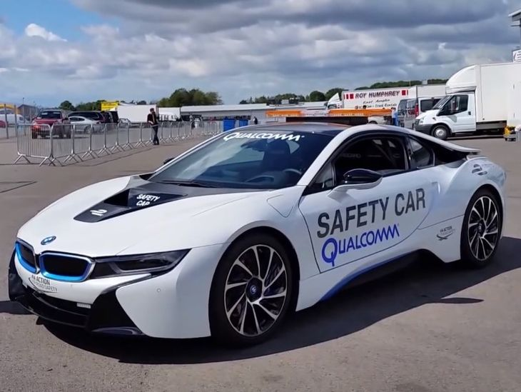 Bmw I8 Fia Formula E Championship Safety Car Unveiled Video Cars