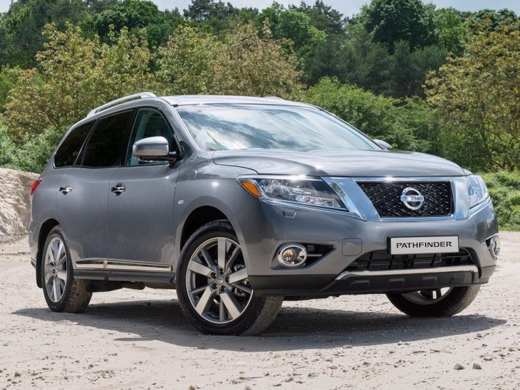 Fourth Generation Nissan Pathfinder Front Custom 2