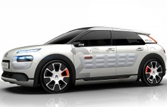 Citroen C4 Cactus AIRFLOW 2L Concept Side And Front Angle