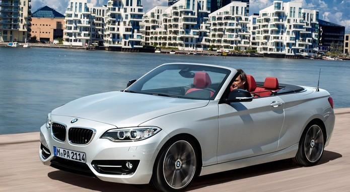 BMW 2 Series Convertible 2015 1024x768 Wallpaper 0c