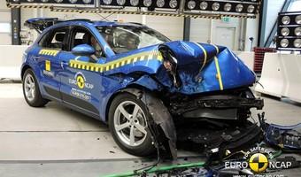 Porsche Macan Crash Test