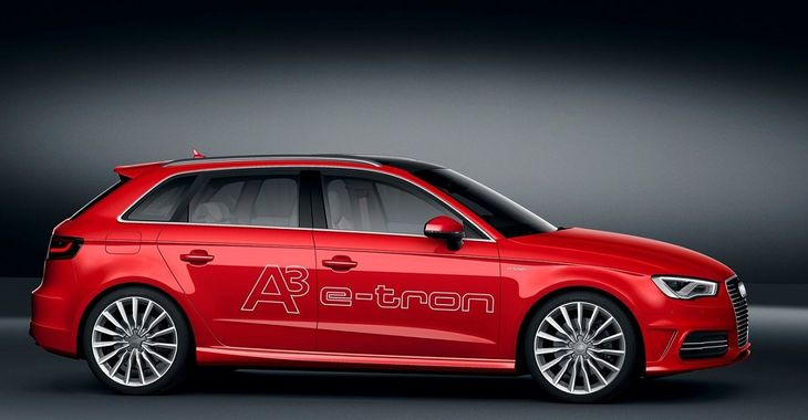 Audi SelfParking Via Your Smartwatch Video Carscoza - Audi self parking