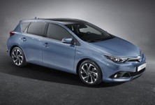 2015 Toyota Auris Front And Side