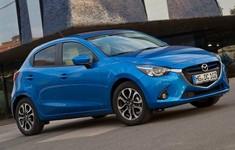 Mazda 2 2015 800x600 Wallpaper 0e