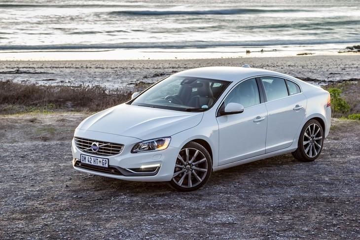 Volvo S60 T6 Elite (2015) Review - Cars co za