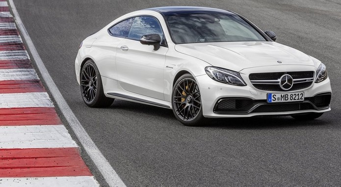 Mercedes Benz C63 AMG Coupe 2017 1024x768 Wallpaper 01