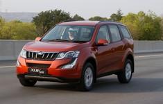 10 Mahindra Xuv500 1800x1800