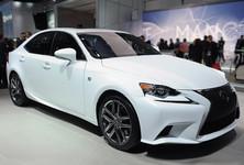 01 2014 Lexus Is Detroit 1358282395