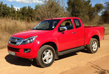 Isuzu Review