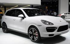01 2014 Porsche Cayenne Turbo S Detroit