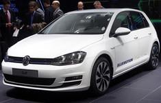 Volkswagen Golf Bluemotion Concept Paris 2012