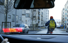 Volvo Cyclist Pedestrian Detect1