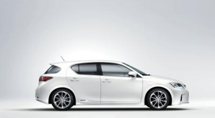 Lexus Ct 200h Side