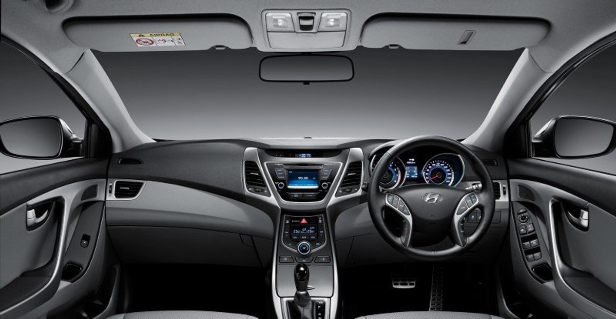 ... Elantra Interior Dash Board 1800x1800
