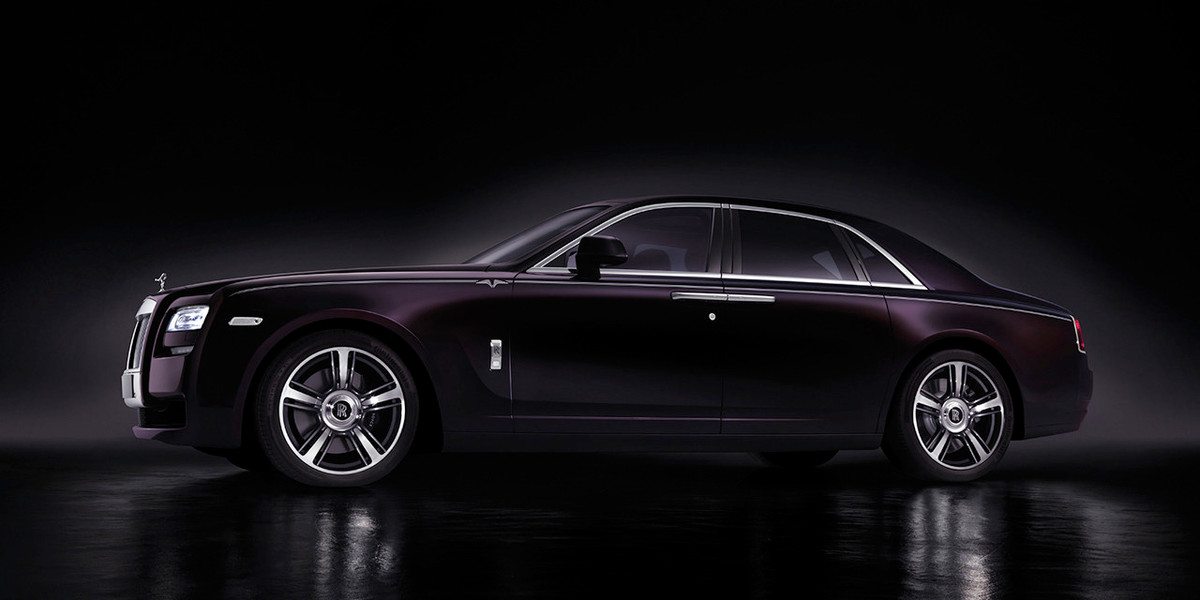 2014 Rolls-Royce Ghost V-Specification Officially Unveiled ...