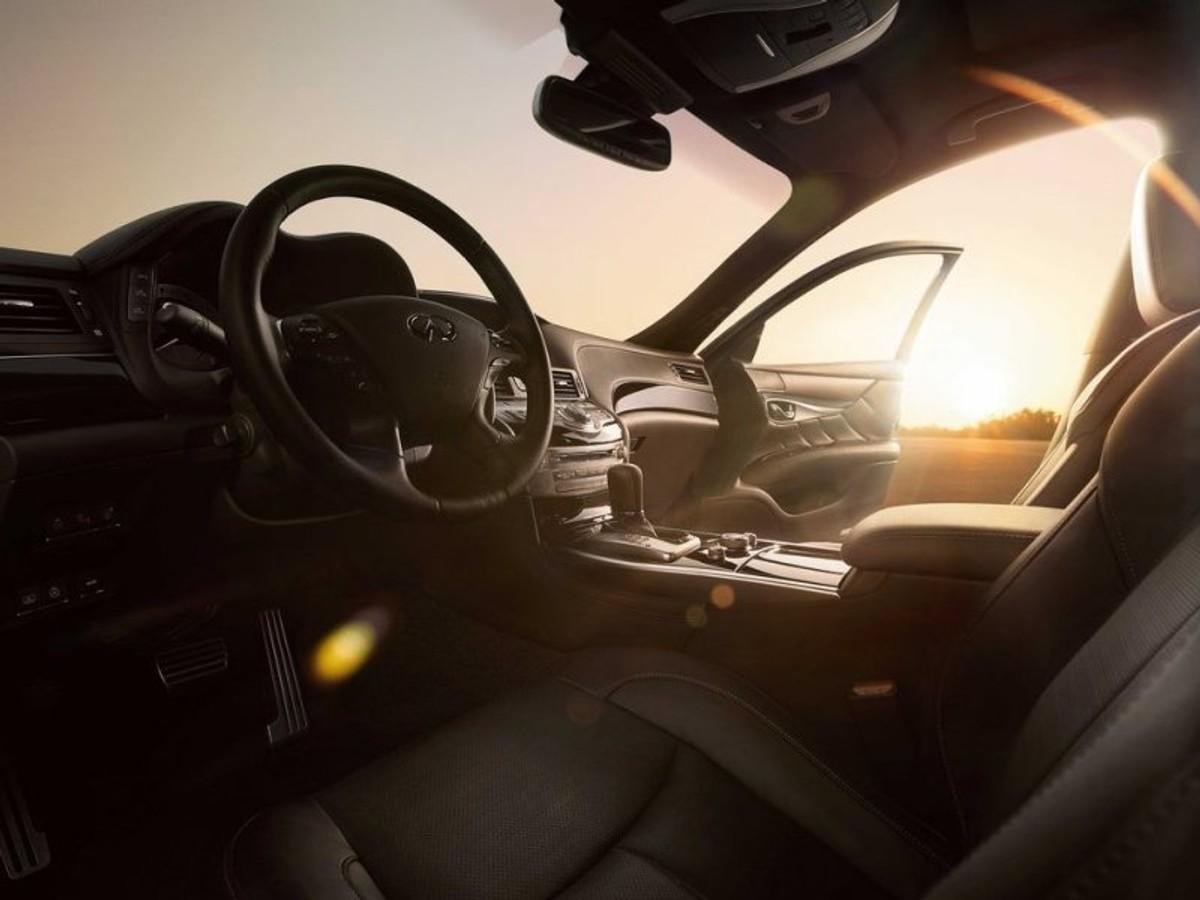 Infiniti Q70 Detailed Cars Co Za