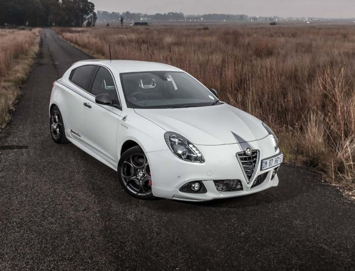 Alfa Romeo Giulietta Squadra Corse 2015 Review Usa Parts International Remains An Iconic Brand And In Recent Years The Mito Hatches Have Faithfully Served Fans Of This Illustrious Marque