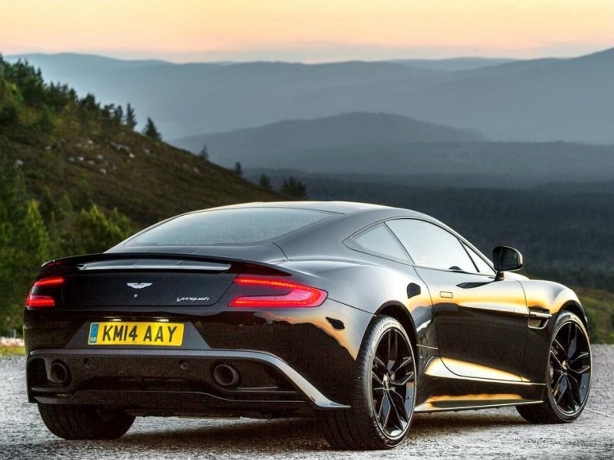 Aston Martin Vanquish Carbon Black Announced