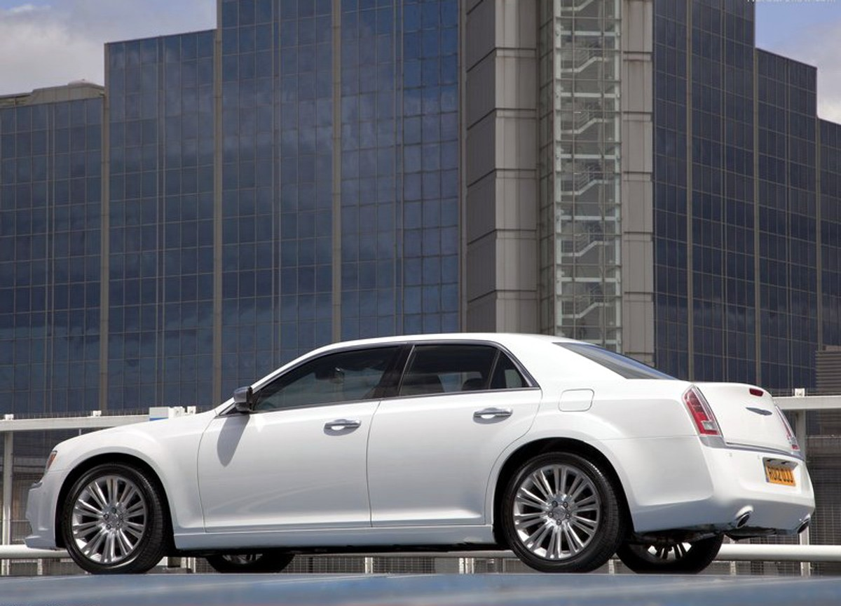 Chrysler 300c 3 6 Litre V6 Review Cars Co Za