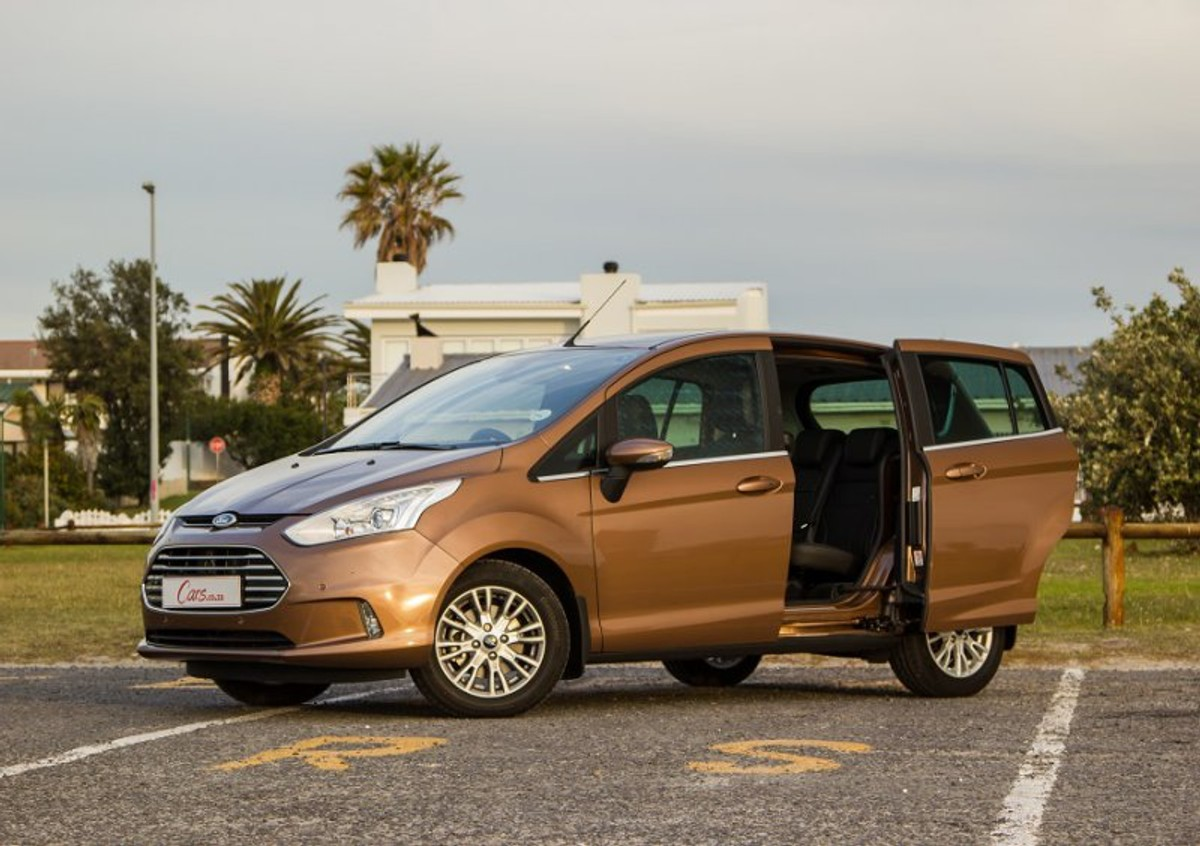 Ford B-Max 1.0 EcoBoost Titanium (2015) Review - Cars.co.za