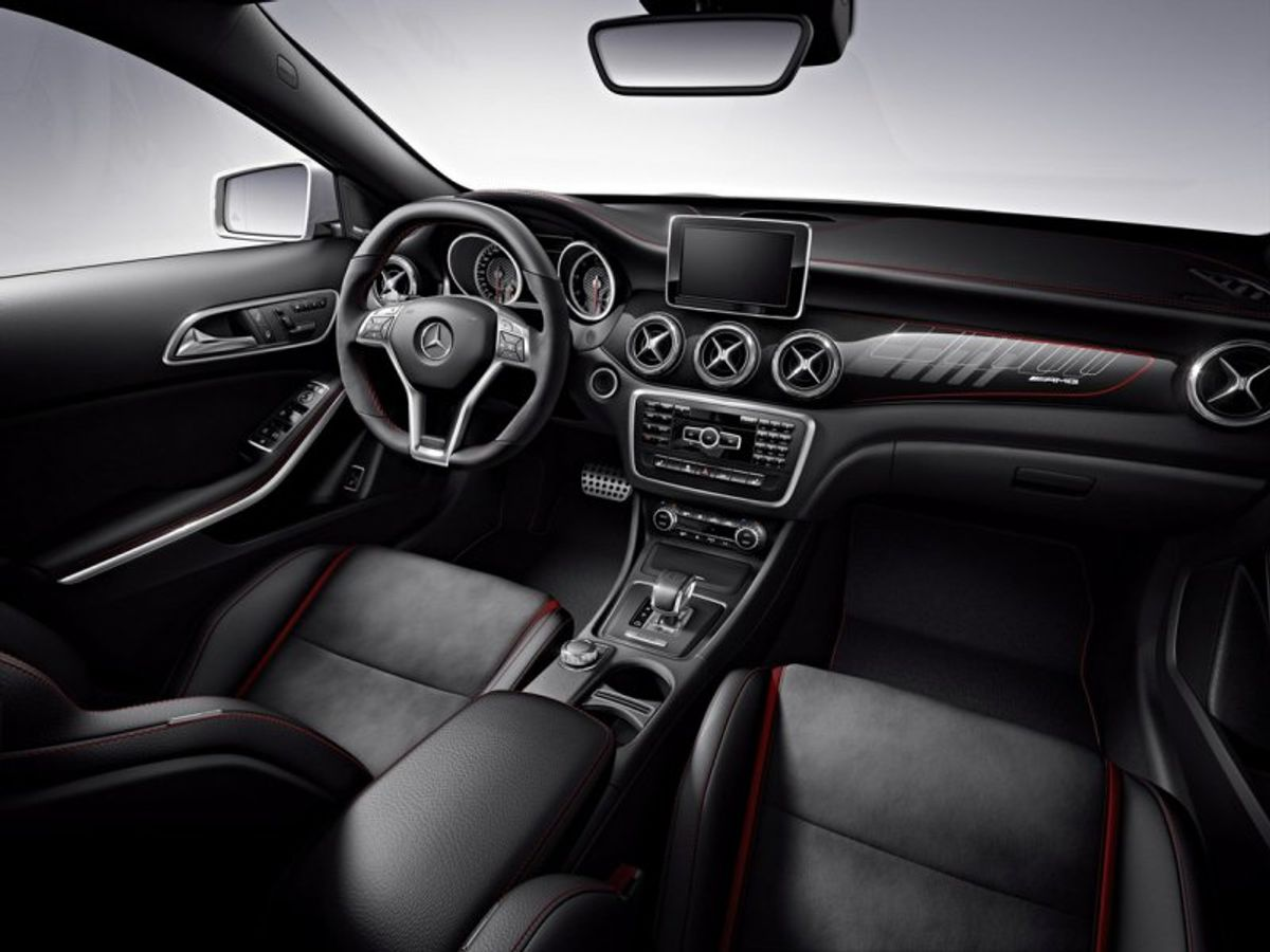 6e2ecb6c6f Mercedes-Benz GLA45 AMG Edition 1 (2014) Review - Cars.co.za