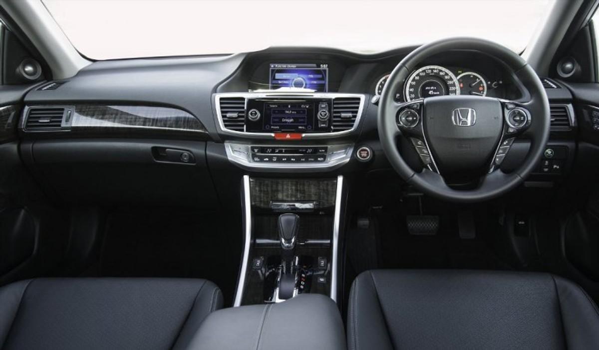 Honda Accord 3 5 V6 2014 Review Cars Co Za