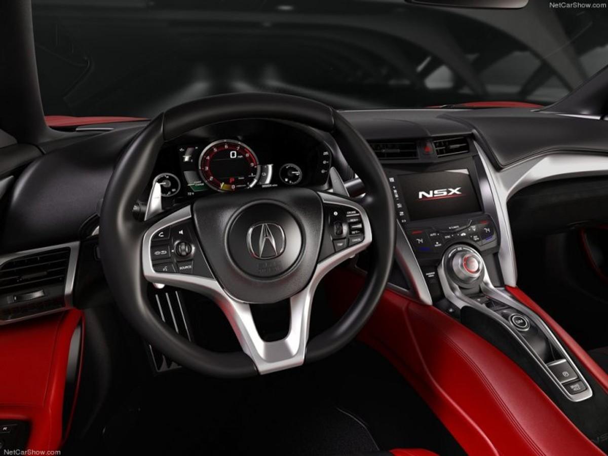 Honda NSX Wows Detroit Motor Show 2015 (Video) - Cars.co.za