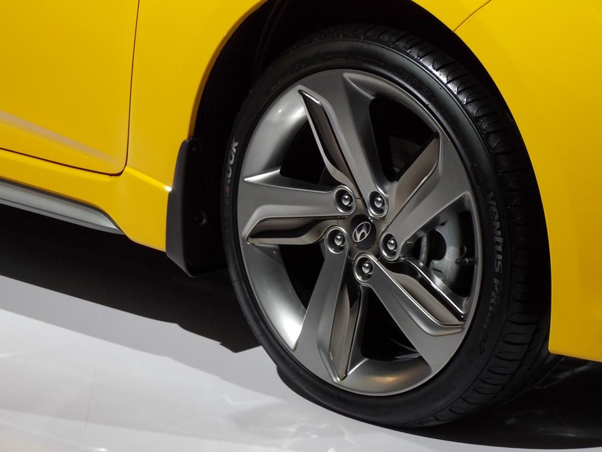 Hyundai Veloster Turbo Unleashed At 2013 Johannesburg