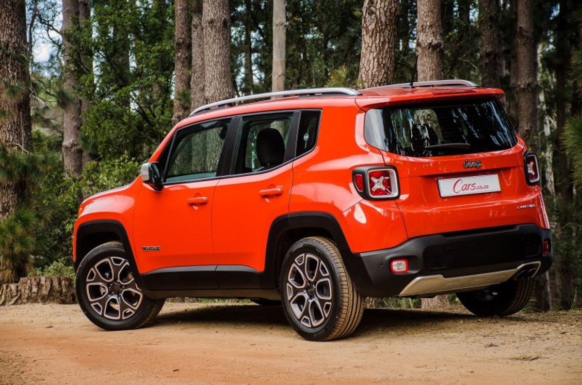 Jeep Dealers Omaha >> Jeep Renegade 1.4L T Limited Launch Edition (2015) Review - Cars.co.za