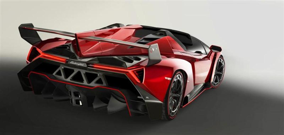 Lamborghini Veneno Roadster Officially Unveiled Cars Co Za