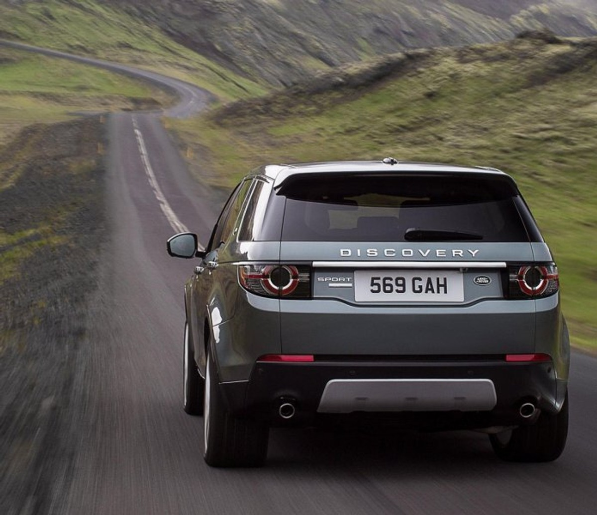 Car Finance Land Rover: Land Rover Discovery Sport Launched