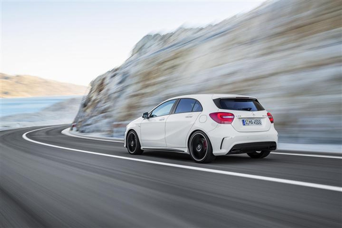mercedes benz a45 amg price and specs in south africa. Black Bedroom Furniture Sets. Home Design Ideas