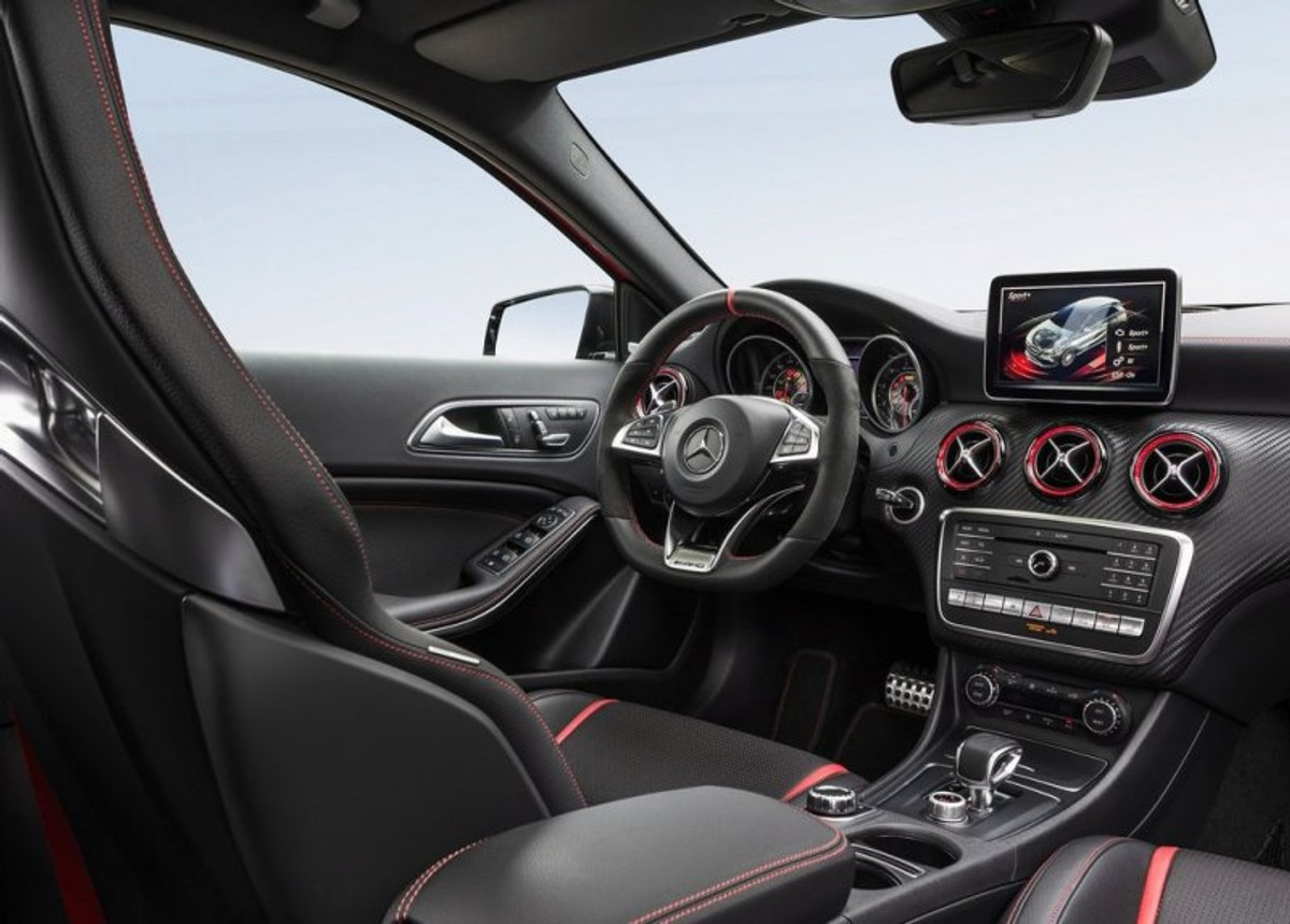 Mercedes Benz A45 Amg Refreshed For 2015 Cars Co Za