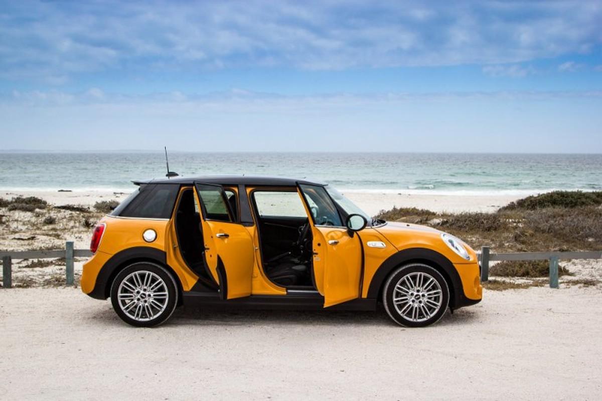 Mini 5 Door Cooper S 2014 Reviewed Carscoza