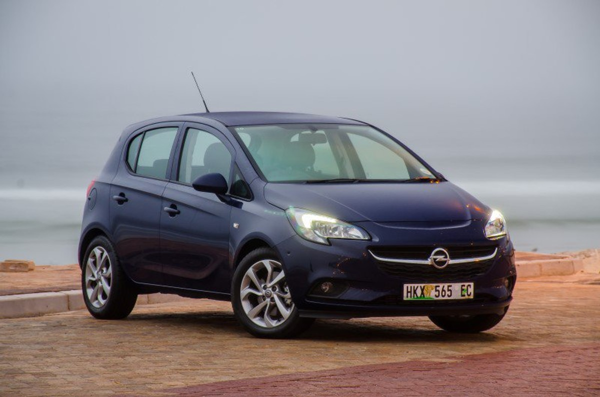 opel corsa 1 0t enjoy 2015 review. Black Bedroom Furniture Sets. Home Design Ideas