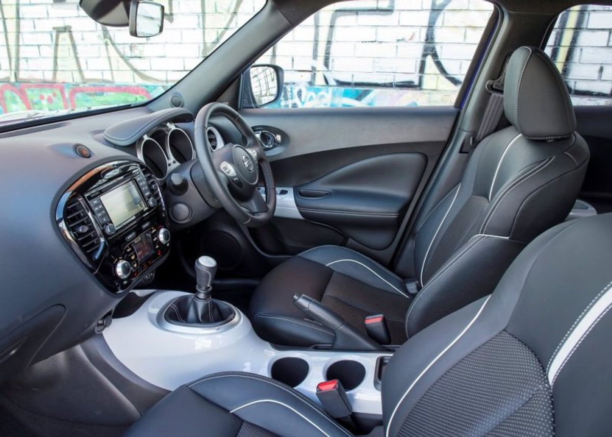 Nissan Juke 1 2T Acenta+ (2015) Review - Cars co za