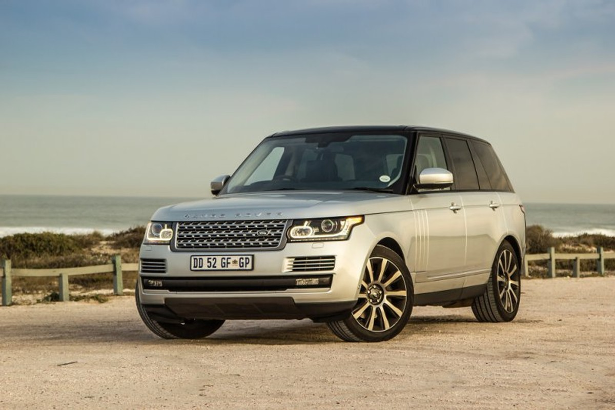 Range Rover Sdv8 Vogue Se 2015 Review V8 Cooling System How Does One A Vehicle Such As The Target Consumer Even Bother Researching Capabilities Of Machine