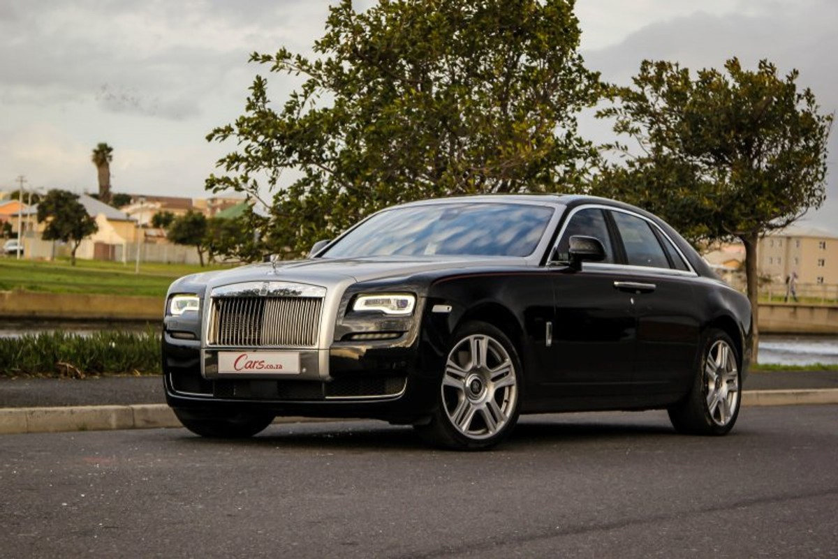 Rolls-Royce Ghost Series II (2015) Review