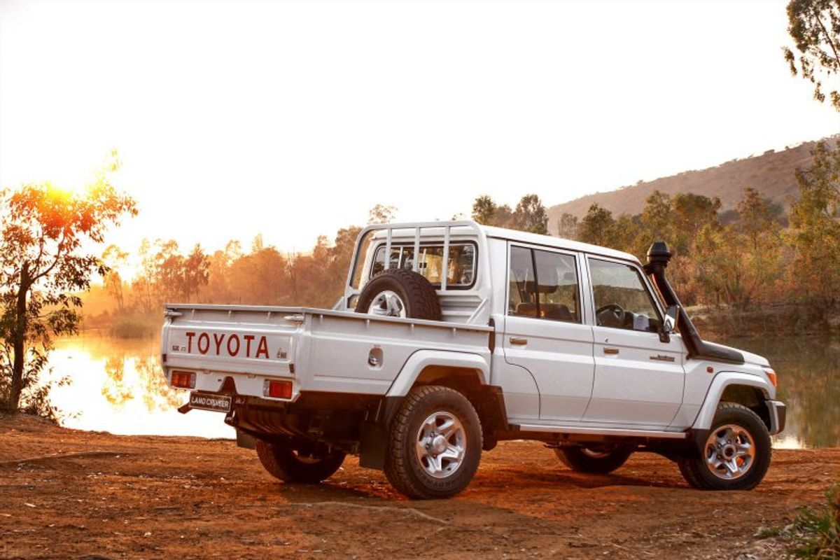 Toyota Land Cruiser 70 Series Updated Pricing For 2015 2