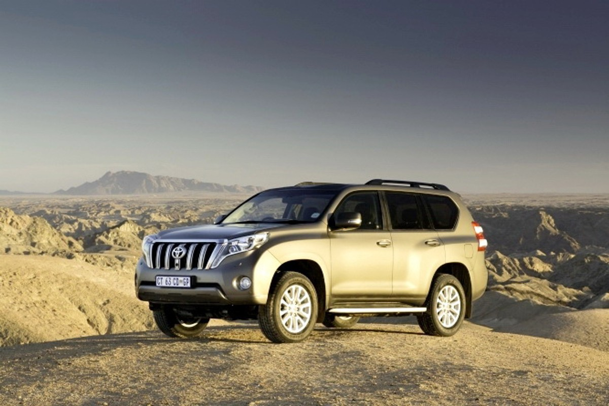 toyota land cruiser prado review. Black Bedroom Furniture Sets. Home Design Ideas